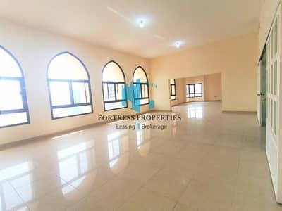 شقة 5 غرف نوم للايجار في منطقة النادي السياحي، أبوظبي - ASTONISHING SIZE APARTMENT| 5BHK + MAIDS | BIG HALL
