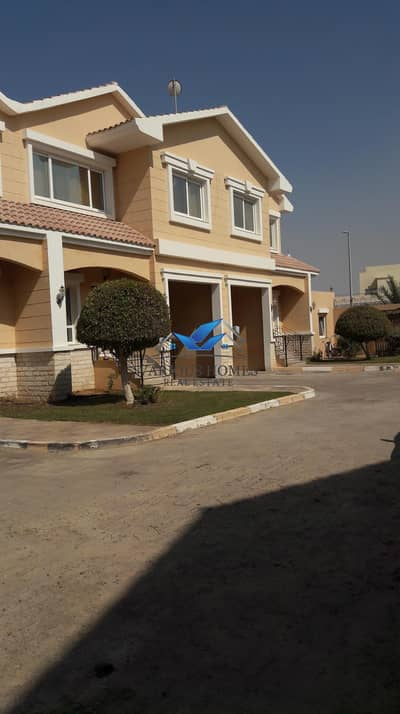 3 Bedroom Villa for Rent in Khalifa City A, Abu Dhabi - EUROPEAN STYLE LUXURIOUS 3. BEDROOM HALL COMPOUND VILLA WITH PRIVET BACKYARD/GARDEN