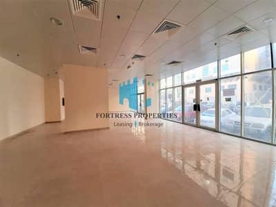 Showroom for Rent in Hamdan Street, Abu Dhabi - HOTTEST LOCATION SHOWROOM SPACE | GF + B | 3