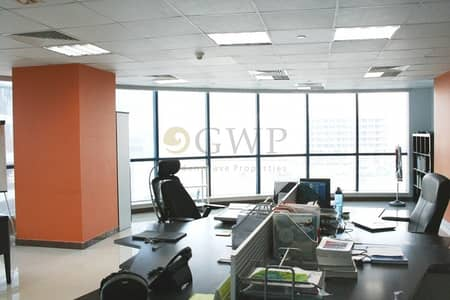Office for Sale in Jumeirah Lake Towers (JLT), Dubai - Fitted office I SZR view I Close to metro stn