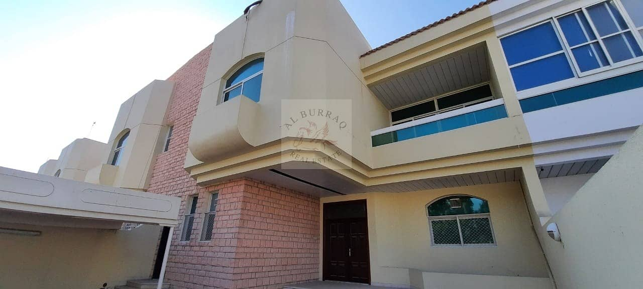 HUGE 3BHK VILLA + M+S   WITH A PRIVATE GARDEN   @130