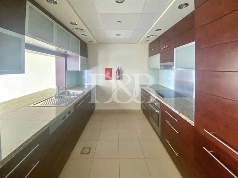 10 High Floor | Chiller Free | 2 Balconys | Bright