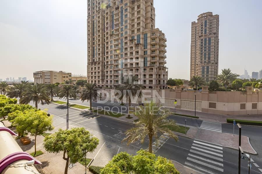 14 Upgraded Apartment | Amazing Garden View