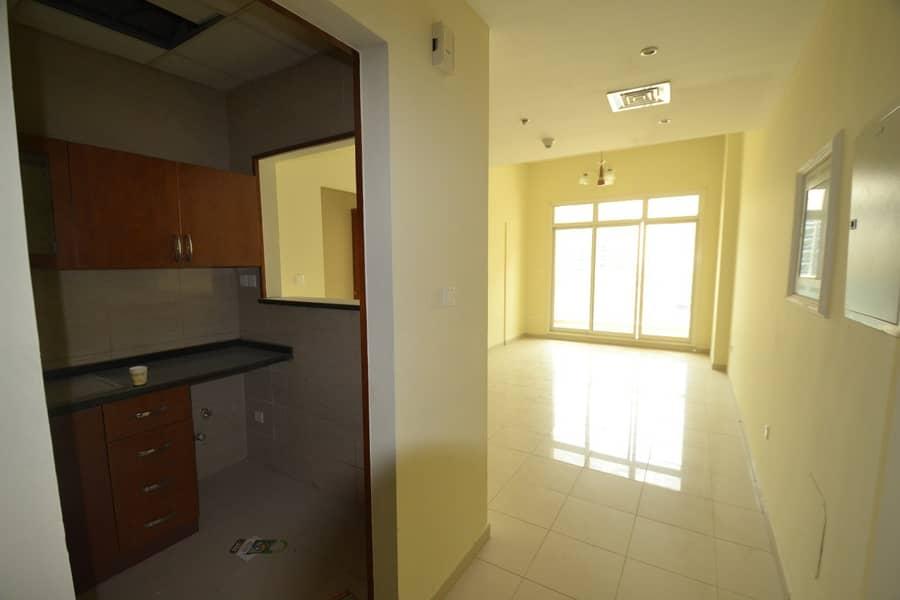 شقة في لا فيستا ريزيدنس 2 لا فيستا ريزيدنس واحة دبي للسيليكون 1 غرف 360000 درهم - 4863305