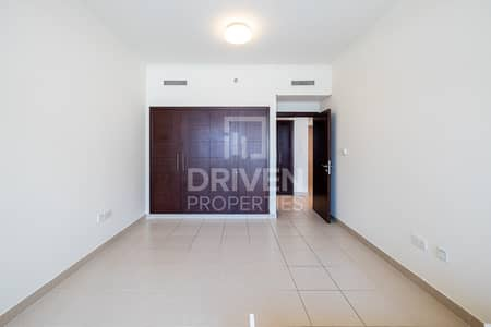 1 Bedroom Apartment for Sale in Downtown Dubai, Dubai - Low Floor| Best Podium | Nice Canal View