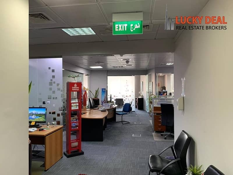 2 FULLY FURNISHED OFFICE WITH PARTITIONS
