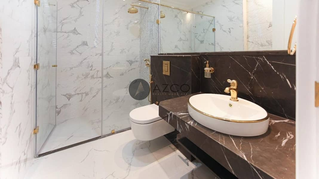 15 Luxurious 1 Bedroom | Un Furnished | Open Kitchen