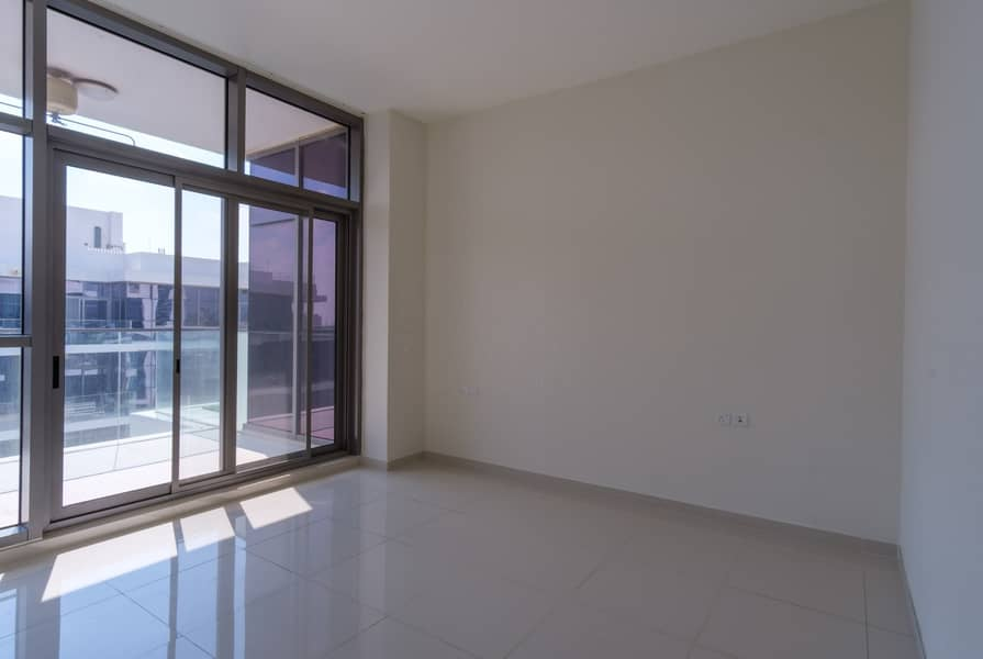 2 Ready to Move In | Payable up to 6 chqs
