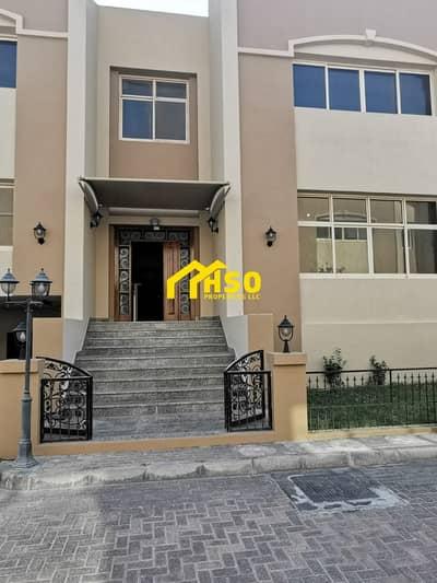 فیلا 8 غرف نوم للايجار في البطين، أبوظبي - 8 BR VILLA WITH BALCONY   PRIVATE POOL