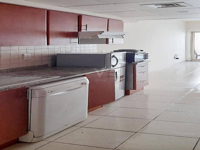 2 Vacant | Ground Floor Studio | Good Quality