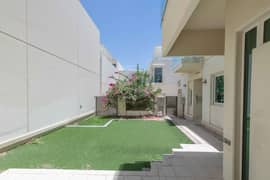 Multiple 3 and 4 bedrooms   Landscaped Villa