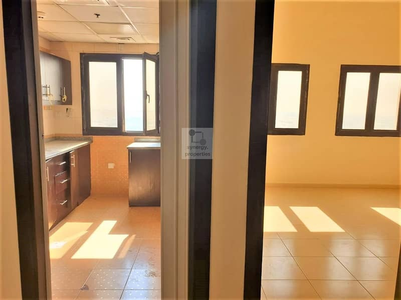 2 Chiller Free | Spacious 2 Bed | Closed Kitchen