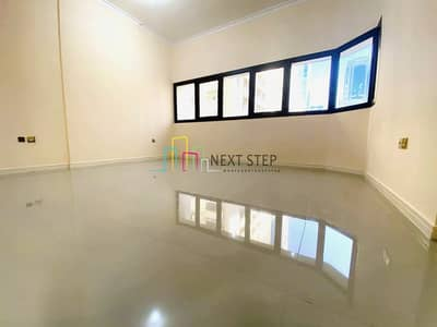 3 Bedroom Flat for Rent in Tourist Club Area (TCA), Abu Dhabi - Well-Priced 3 Bedroom Apartment