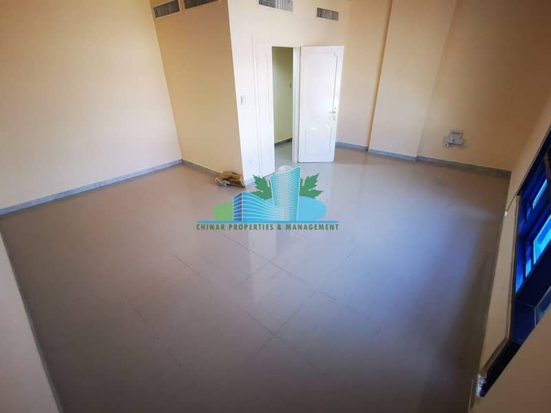 Head Turning & pristine 2 BHK with glossy floor finished!