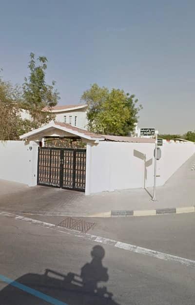 Plot for Sale in Al Darari, Sharjah - For sale, land in Al-Darari area, three streets, with villa