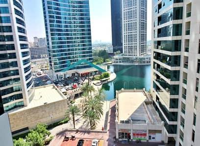شقة 2 غرفة نوم للايجار في أبراج بحيرات الجميرا، دبي - Fully Furnished 2BR + Maids | Lake Views | Bright unit