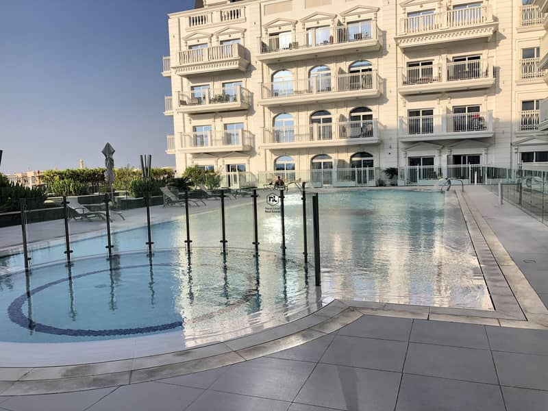 14 EXCLUSIVE | POOL VIEW | CHILLER FREE | HIGH QUALITY