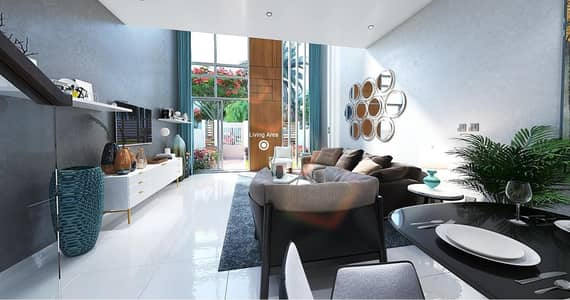 2 Bedroom Villa for Sale in Dubailand, Dubai - Large garden 2 Bedroom townhouse on the pool