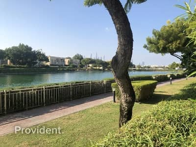 فیلا 3 غرف نوم للبيع في الينابيع، دبي - Amazing Lake View   Rented till May 2021