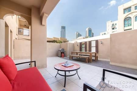 شقة 1 غرفة نوم للايجار في المدينة القديمة، دبي - Furnished   1 Bedroom Plus Study   Terrace