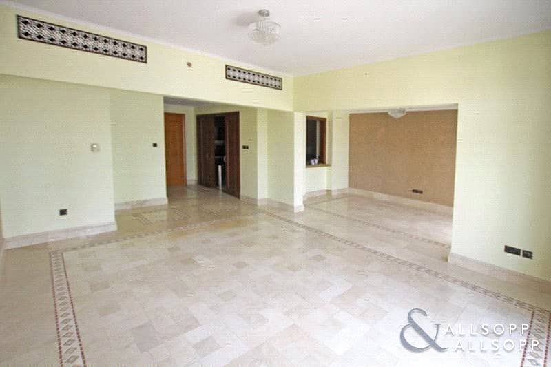 2 Two Parking Spaces | Chiller Free | 2 Beds