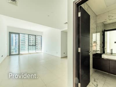 2 Bedroom Apartment for Sale in Downtown Dubai, Dubai - Closed Kitchen with Window | Spacious Unit