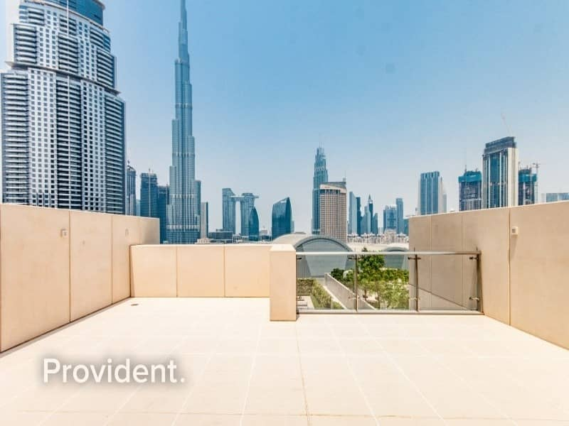 34 Podium Villa|Private Elevator|Private Roof Terrace