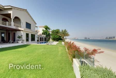 4 Bedroom Villa for Rent in Palm Jumeirah, Dubai - Furnished | Amazing Water View | Private Pool