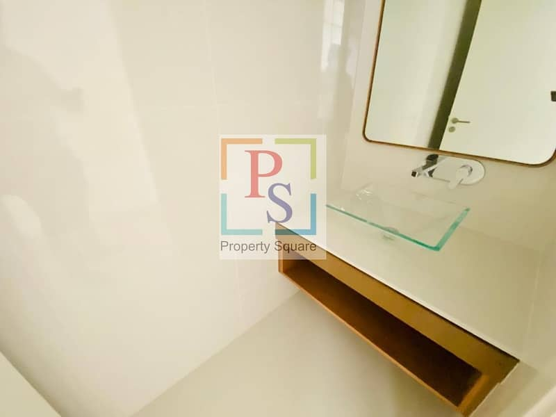 11 Experience An Elegant Life Here! Simplex 1 br Apartment