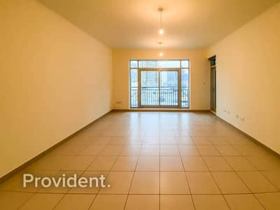 1 Bedroom Apartment for Rent in Downtown Dubai, Dubai - Spacious 1 Bedroom Apartment | Clean | Balcony