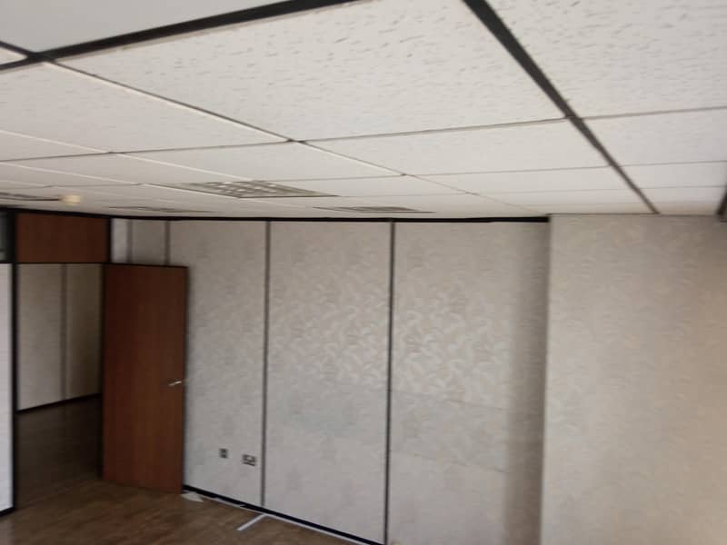 2 Individual Office 1700 Sqft for 102000 only Chiller Free