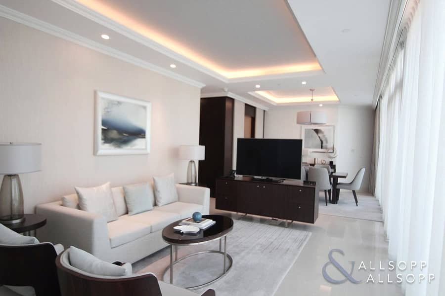 2 1 Bedroom | Rare Layout | Large Terrace.