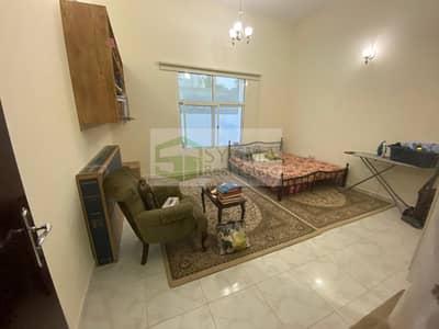 Spacious 3 Bedroom with Maids room  Al Warqa 4