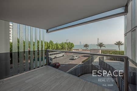 3 Bedroom Apartment for Sale in Palm Jumeirah, Dubai - Luxury 3 Bed | Brand New | Beach Access