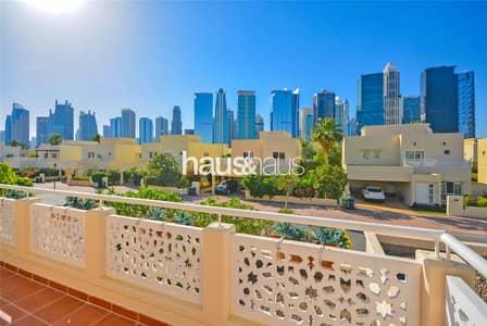 4 Bedroom Villa for Sale in The Meadows, Dubai - Well Presented | Vastu | Clean | VOT |