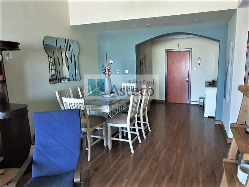 2 Upgraded unit | Closed Kitchen | Laundry room
