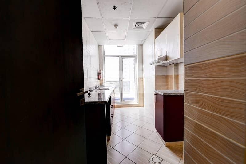 2 Closed Kitchen   Unfurnished 2 Bedroom   Low Floor
