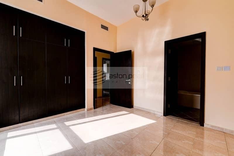 9 Closed Kitchen   Unfurnished 2 Bedroom   Low Floor