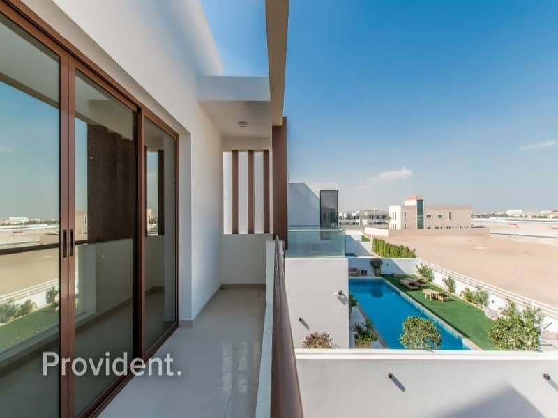 Contemporary Style Villa | Private Pool and Garden