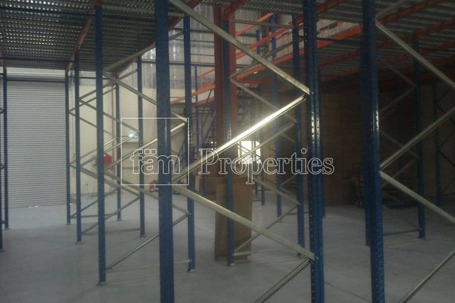 2 Warehouse with Racking system in Plac