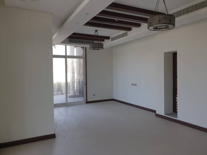Brand new 4BR villa on sharjah corniche with all master bedrooms rent 90k