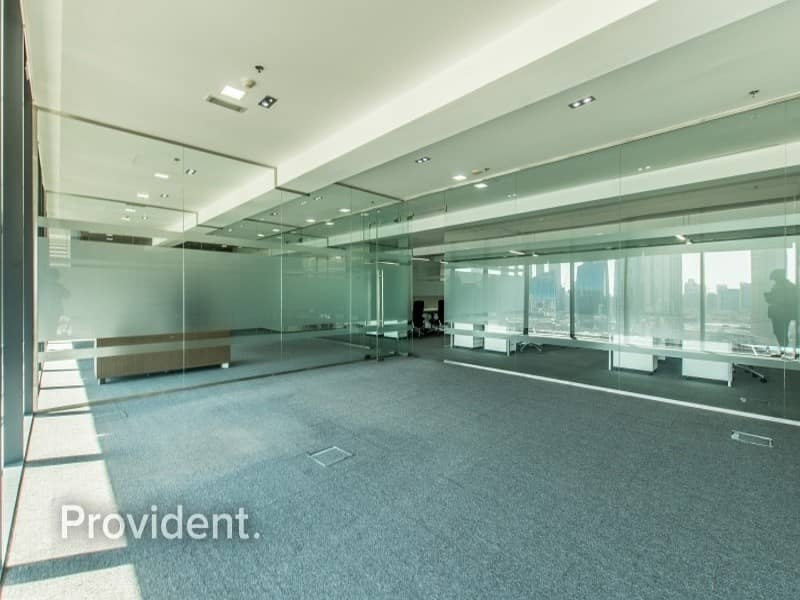 17 High Floor Huge Fitted Office For Lease In DIFC
