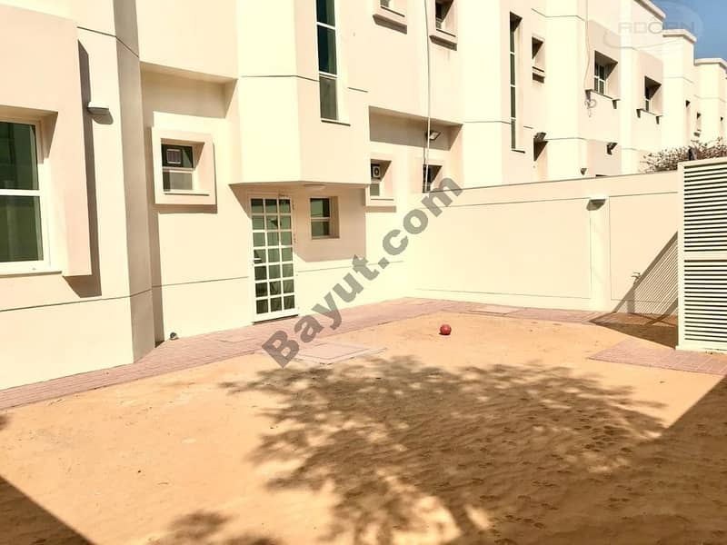 1 month free| 3bed | fully renovated villa| with pvt garden | shared pool and gym
