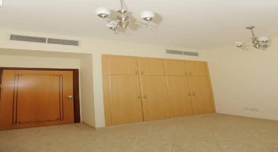 شقة 2 غرفة نوم للايجار في الممزر، دبي - شقة في الممزر 2 غرف 53005 درهم - 4869274