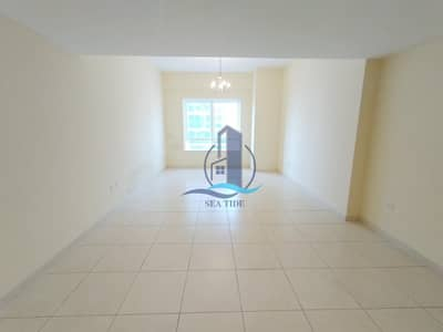 3 Bedroom Apartment for Rent in Al Khalidiyah, Abu Dhabi - One Month Free 3 BR Apartment with Parking