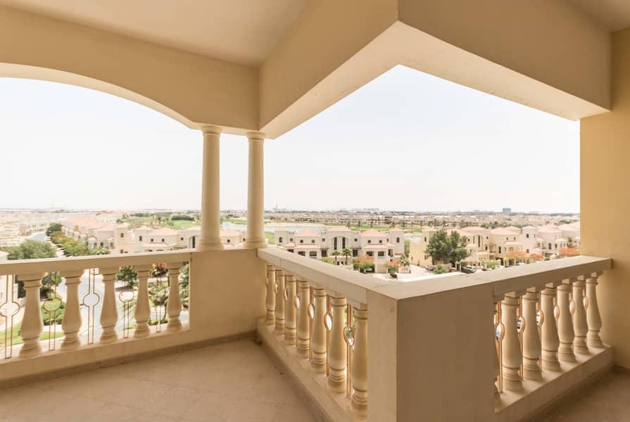 2 Amazing Value - Large Balcony - Royal Breeze