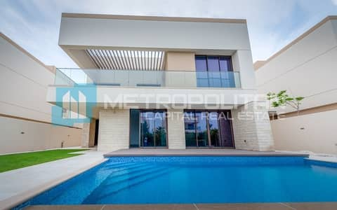 5 Bedroom Villa for Sale in Saadiyat Island, Abu Dhabi - Best Price! Live In Elegant Villa w/ Swimming Pool