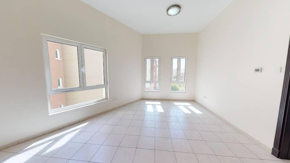 شقة في شقق نور 1 مثلث قرية الجميرا (JVT) 1 غرف 29999 درهم - 4748293