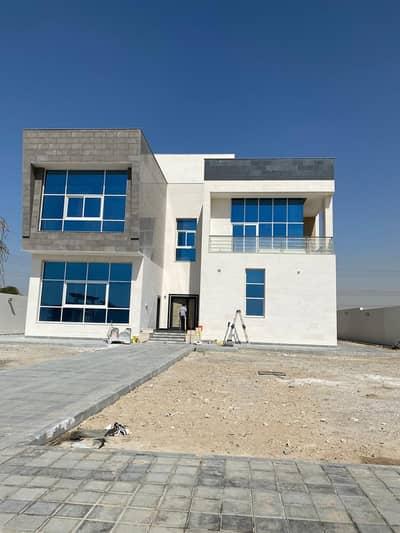 5 Bedroom Villa for Rent in Al Khawaneej, Dubai - New villa in Al Khawaneej 5 master bedroom +2 hall + majlis + maid room + large kitchen + swimming pool