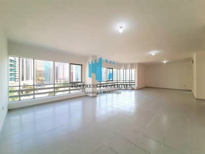 3 Bedroom Flat for Rent in Corniche Area, Abu Dhabi - Duplex With Style And Sophistication I 3BR + Maidsroom I Huge Hall & Sea Views